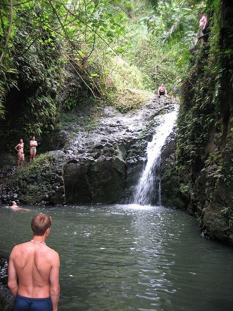 Hiking On Oahu With Waterfalls Even Better Of Trails I Went Here And Jumped Off That Rock Into The Water Hike Is So Much Fun