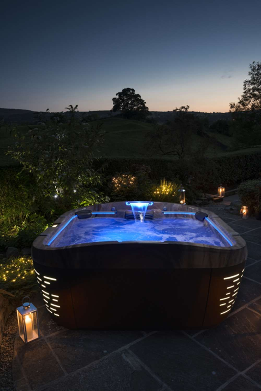 Hot Tub Lit Up At Night Jacuzzi Hot Tub Hot Tub Jacuzzi Outdoor