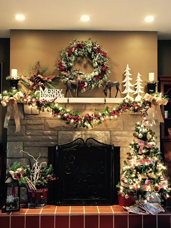 60 Red And Green Christmas Decorations Because Delightful Traditions Are A Defini In 2020 Christmas Mantel Decorations Christmas Mantle Decor Christmas Fireplace Decor