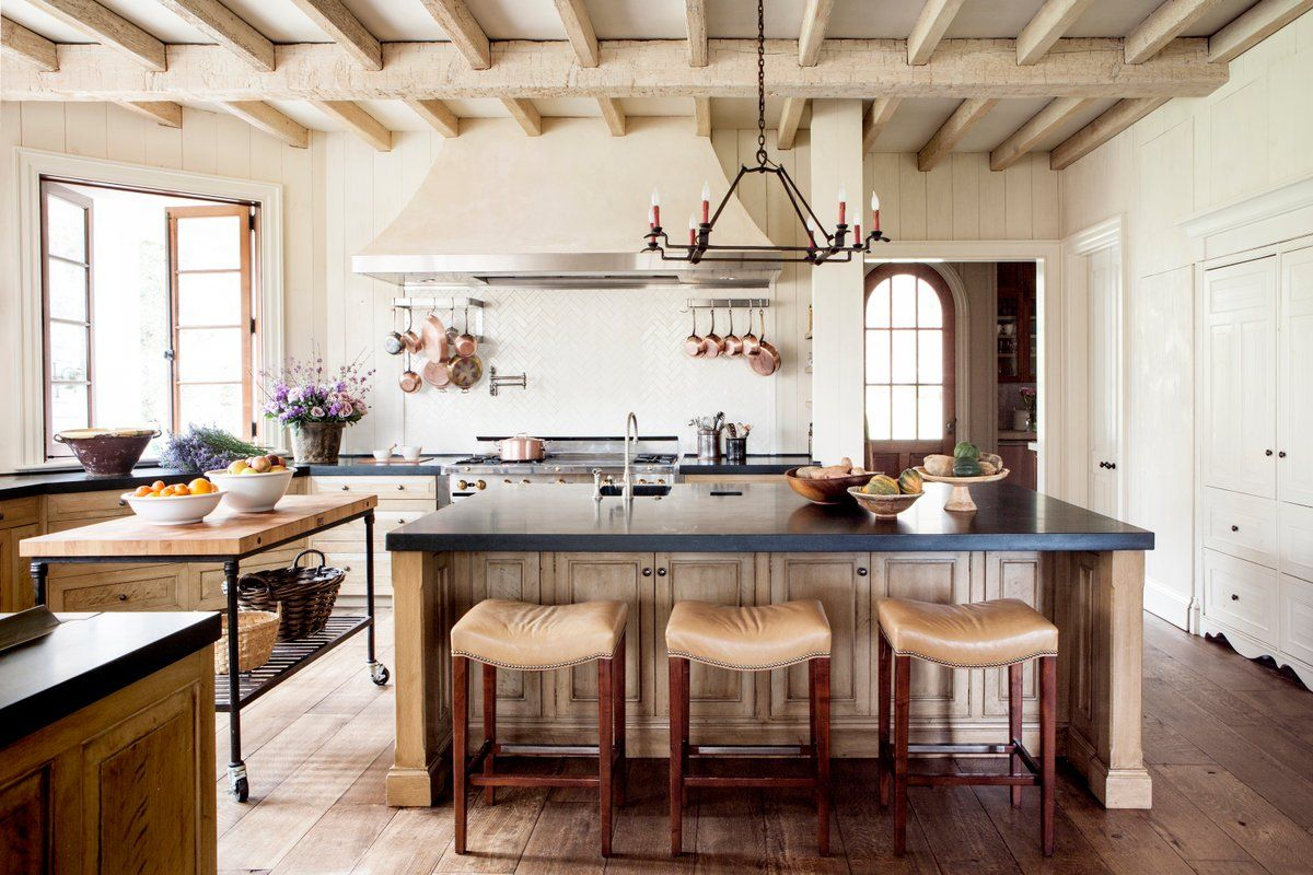 Farmhouse Kitchen In Knoxville Tn By Suzanne Kasler Interiors