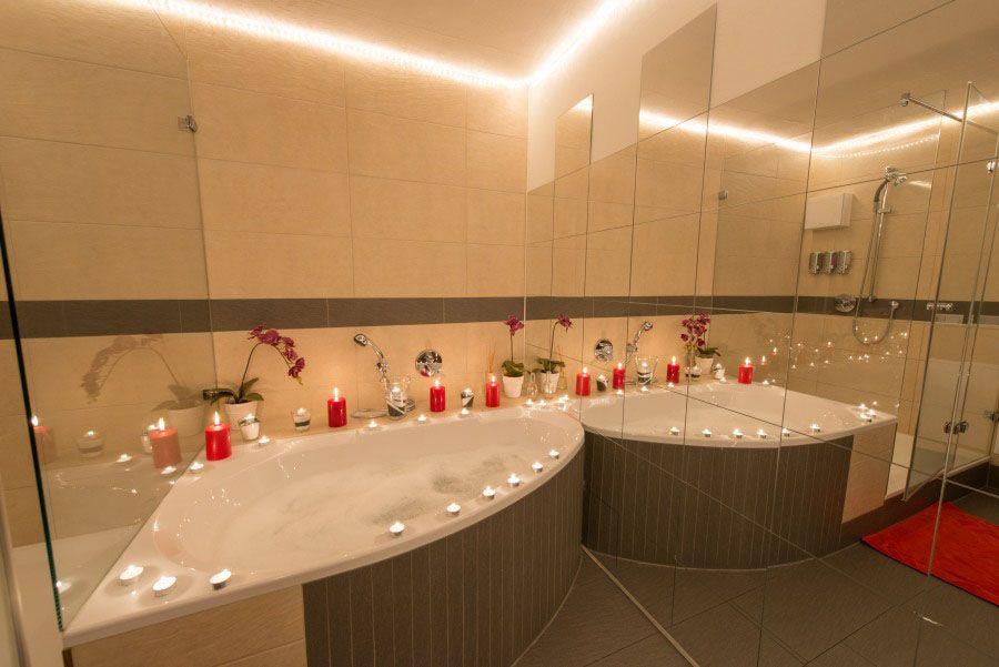 Schaumbadmassage in Frankfurt. | Lounge, Frankfurt, Massage