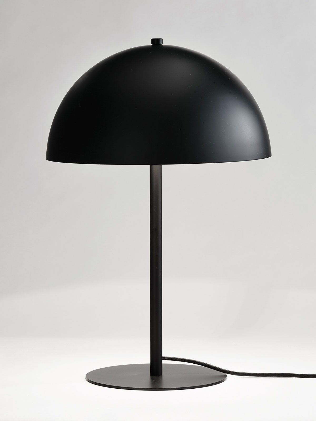 helius lighting group. romy 1 light table lamp in black helius lighting group