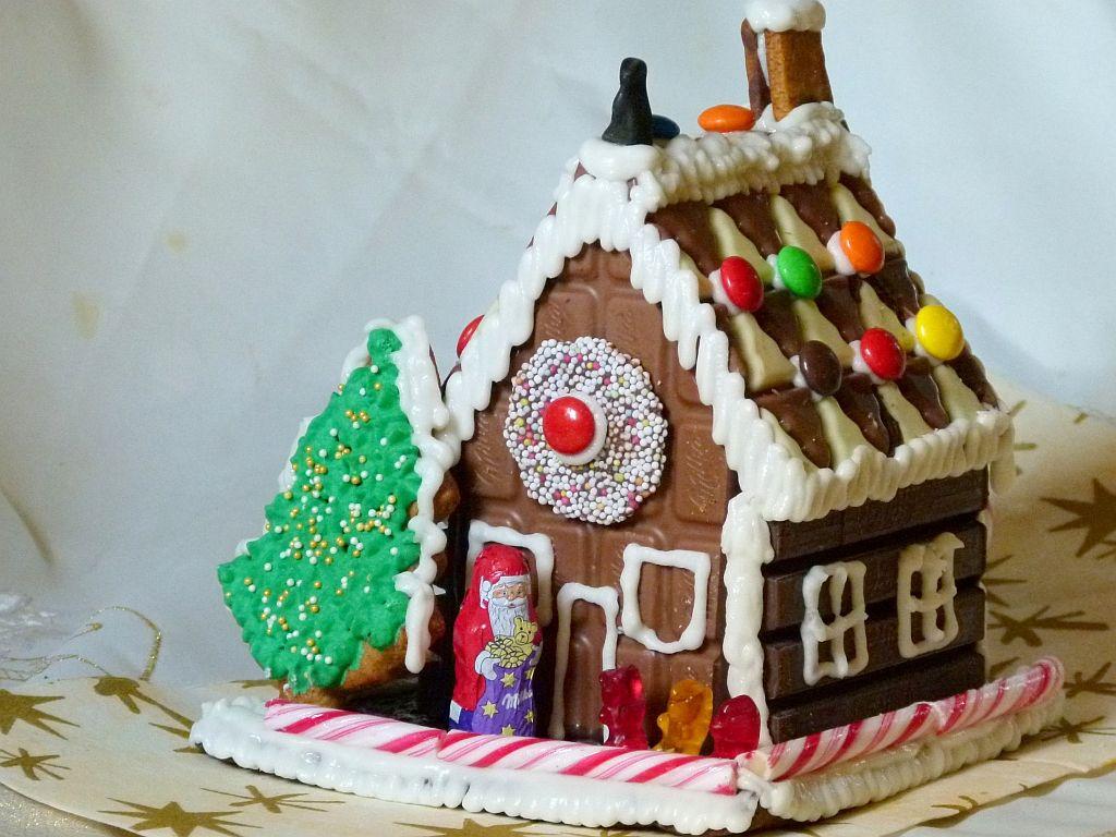hexen haus aus schokoladentafeln zu weihnachten selbst machen schritt f r schritt anleitung mit. Black Bedroom Furniture Sets. Home Design Ideas