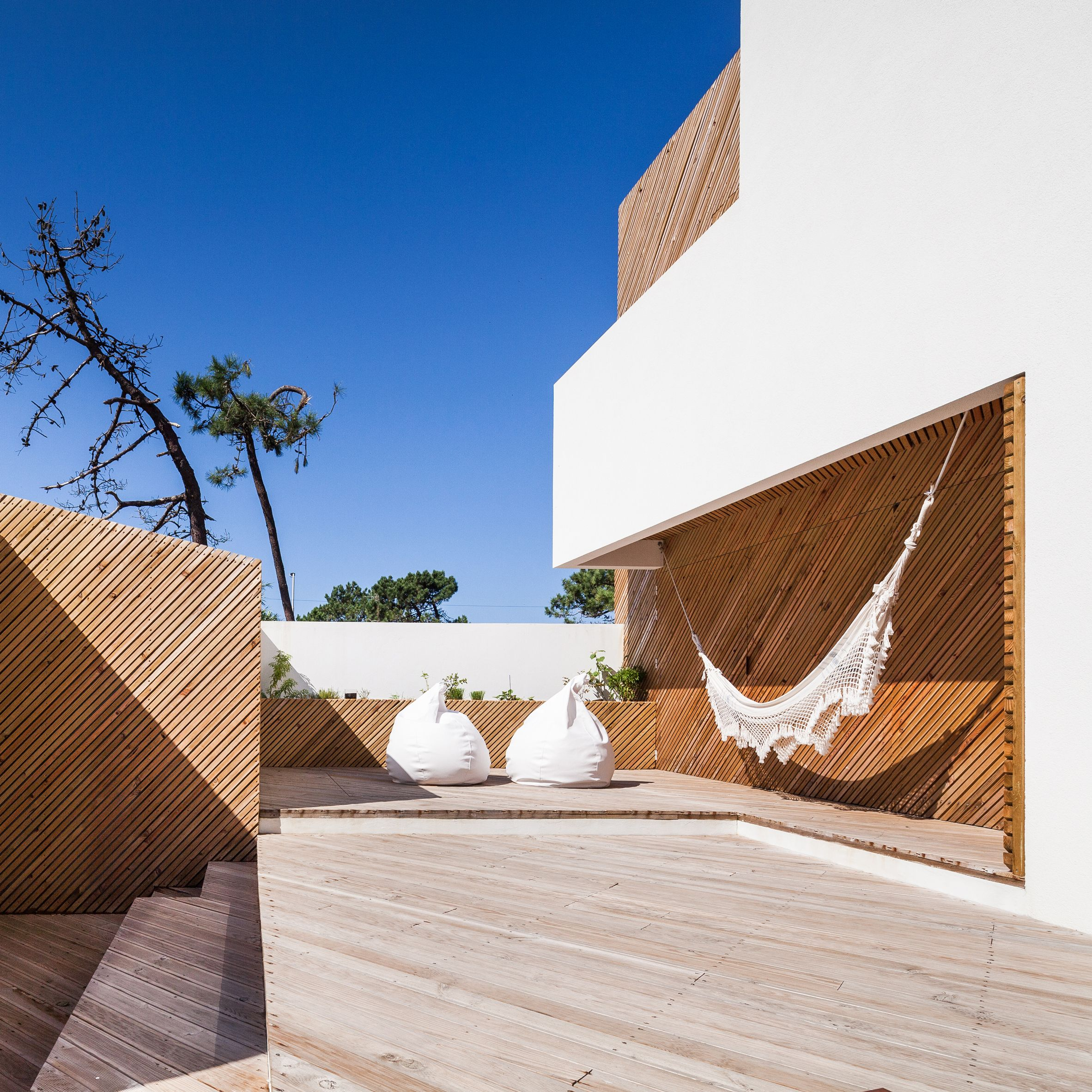 homes from dezeenus pinterest boards that use hammocks net and