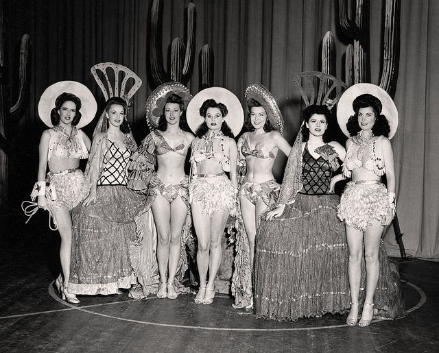 A publicity photo of performers at the Earl Carroll Theatre