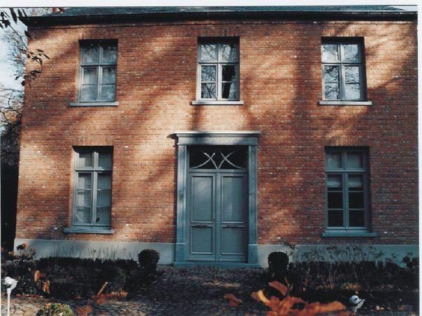 Dubbele voordeur hout vloerenhuis vloerenhuis