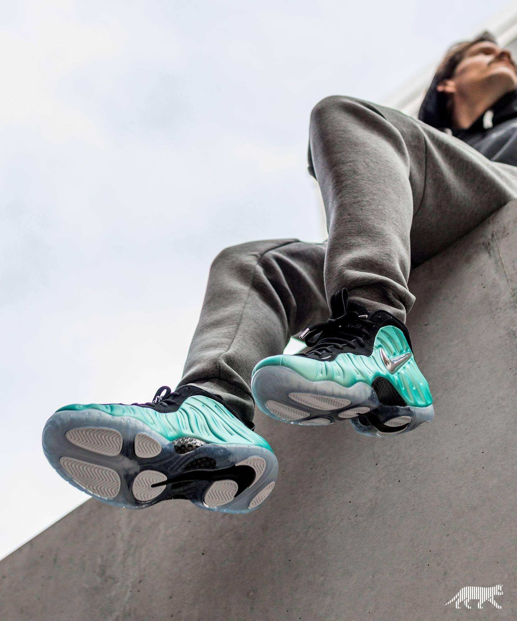 9a2863f6a720 Nike Basketball Shoes · Nike Air Foamposite Pro