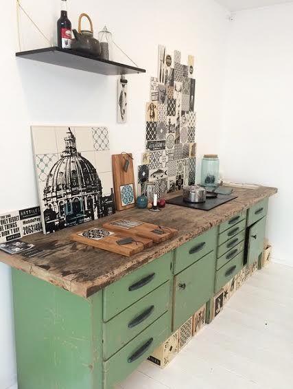 The Art Of Making Tiles Avec Images Meuble Cuisine Meuble