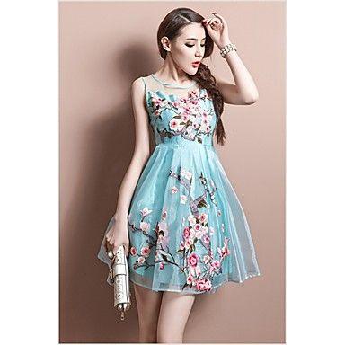 223544183c3754 Princesa elegante bordado Midi Vestido das mulheres de 2015 por R$156,17
