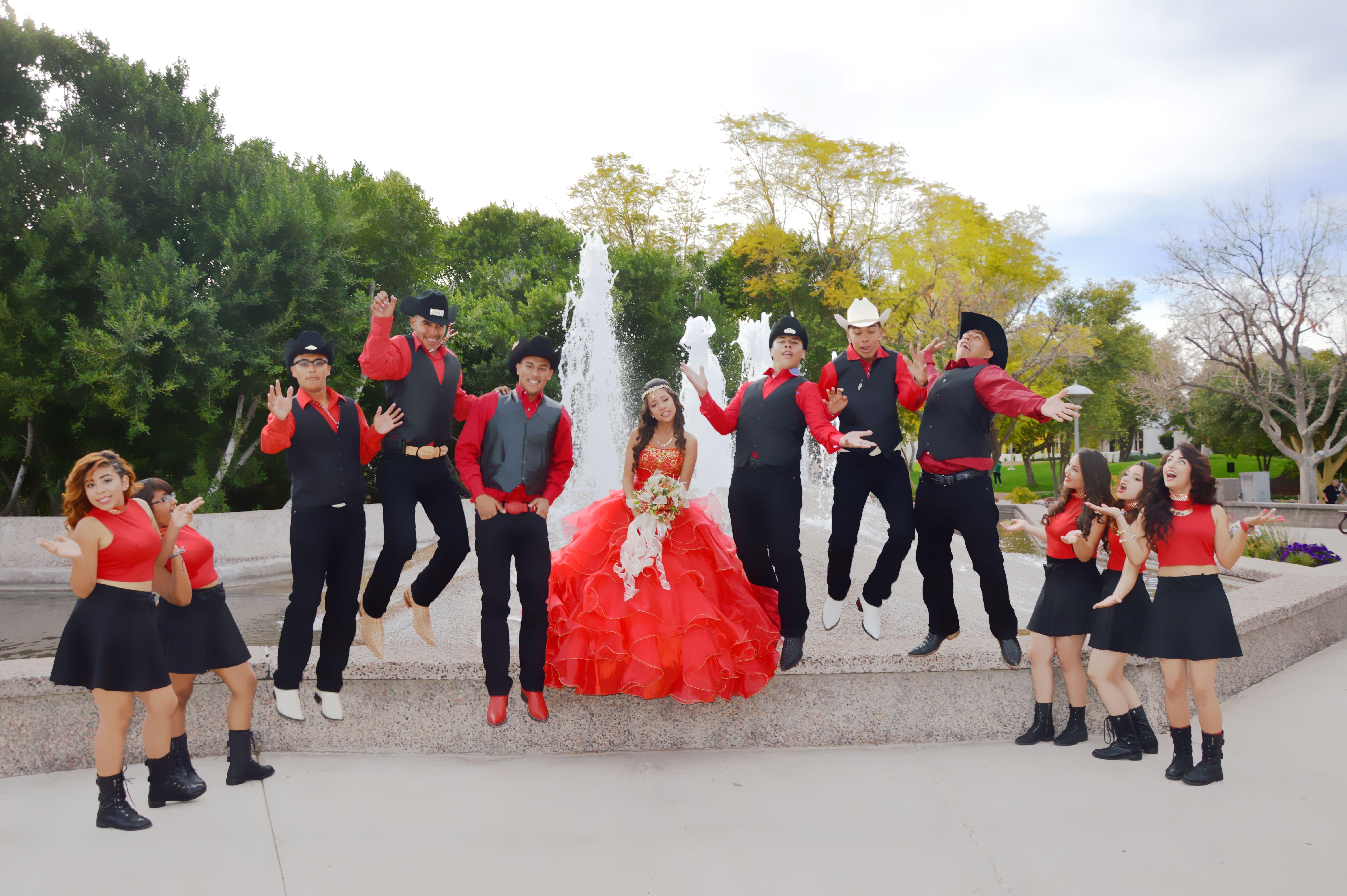 15 Anos Dresses From Mexico: Corte De Honor Chambelanes Y Damas Quinceanera Jasmin