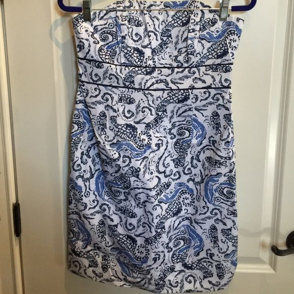 Vineyard Vines NEVER WORN strapless dress Cute and beachy patterned Vineyard Vines dress size 4.  Never worn and in store-bought condition. Vineyard Vines Dresses Strapless