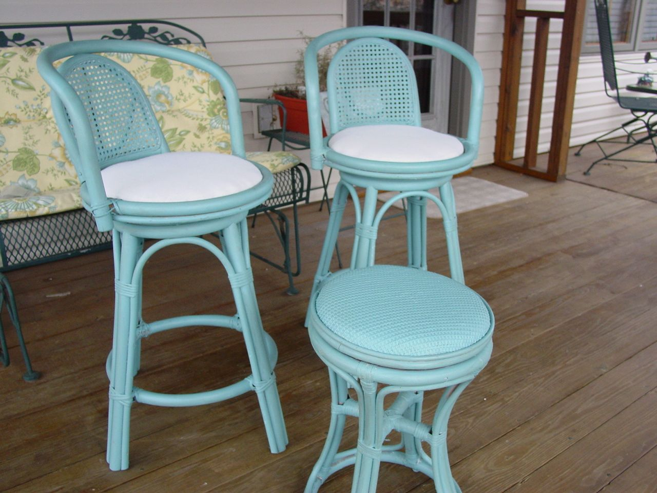 Bar stools updated with chalk paint