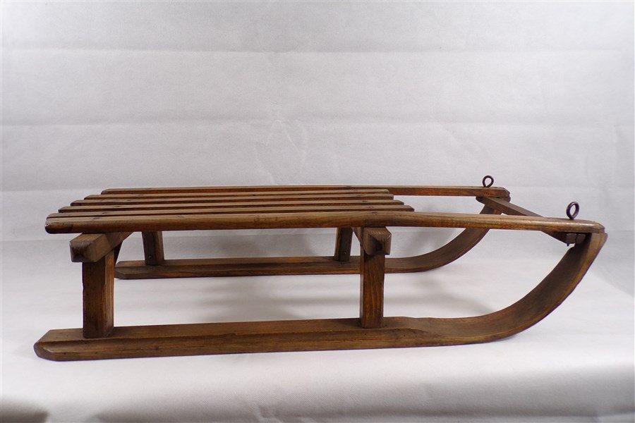 luge vintage en bois bon tat luge ancienne deco chalet deco ski deco vintage vintage. Black Bedroom Furniture Sets. Home Design Ideas