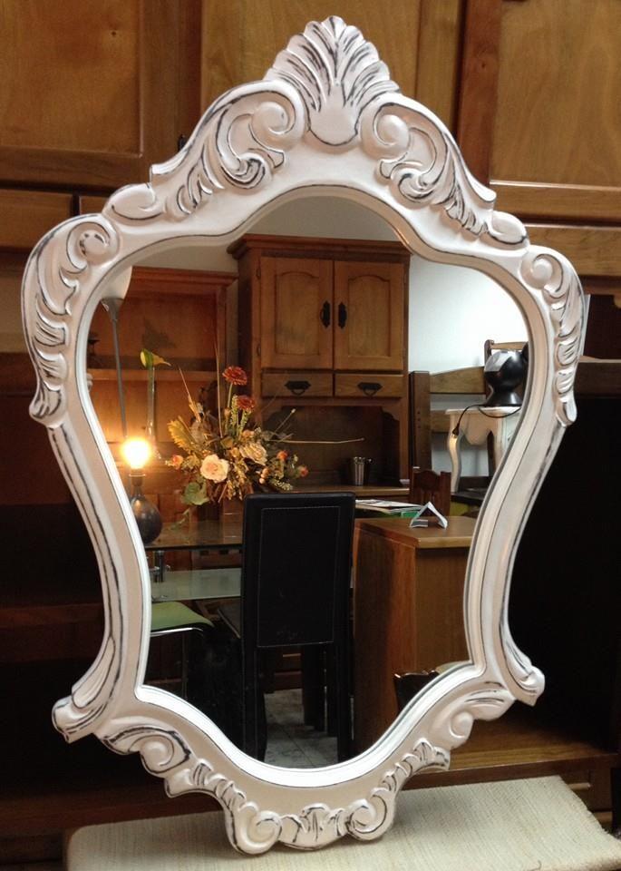 Pin de ulises rojas tallador en marcos para espejos for Pintar marco espejo