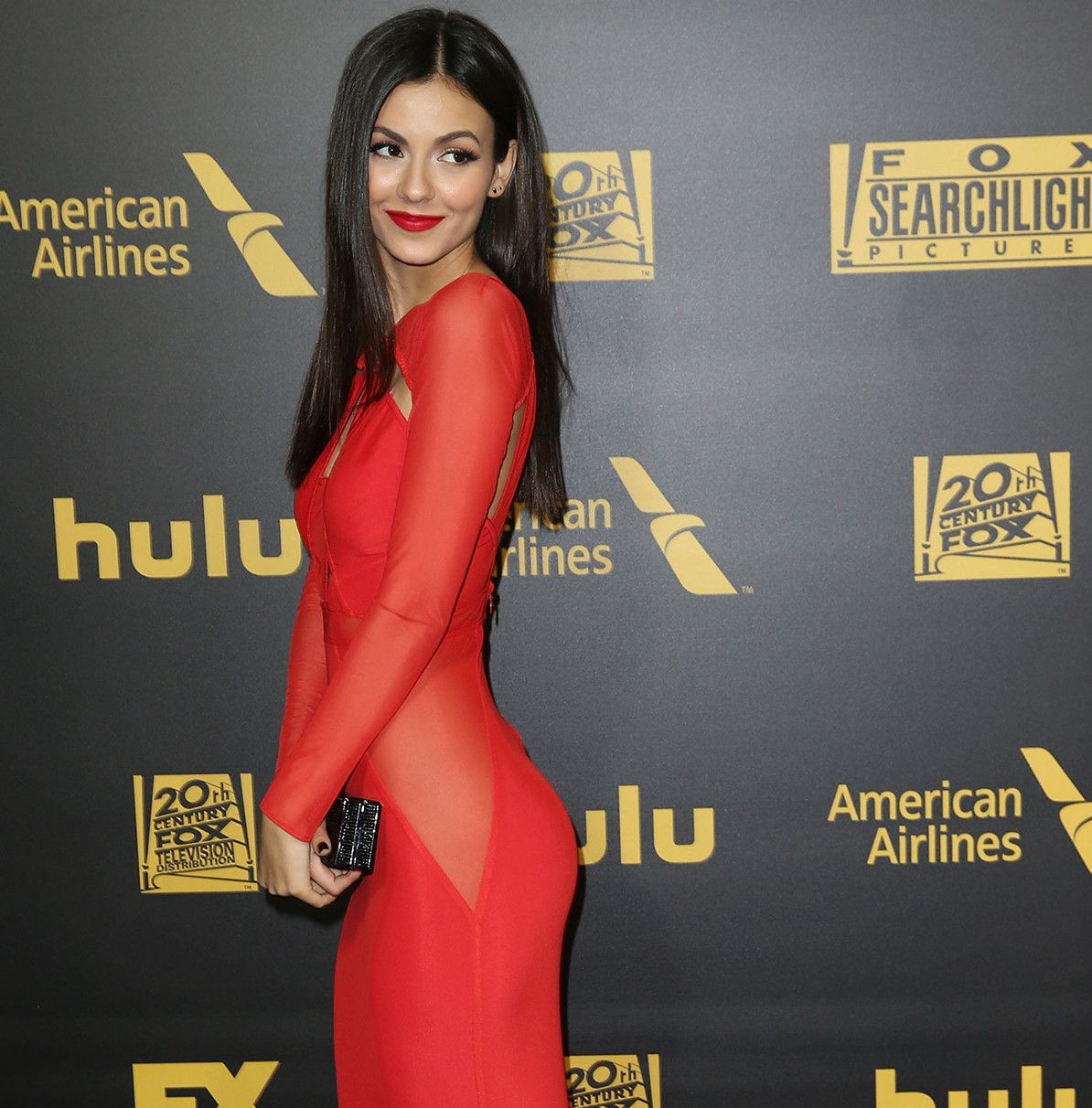 Download celebrities hd wallpapers in wide range of high resolutions for your pc desktop laptop and other mobile device pinterest celebrity
