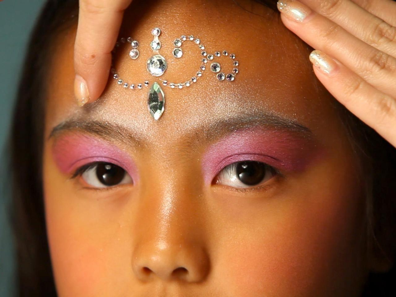 Kid's Halloween Makeup Tutorial Fairy Princess Beach