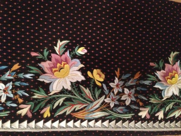 French embroidery sample for a man's suit dated 1800–1815. Silk embroidery on silk velvet on display as part of the exhibition Elaborate Embroidery: Fabrics for Menswear before 1815 at the MET.  (Kati Vereshaka/Epoch Times)