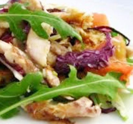 Salada de Peixe - http://www.receitasja.com/salada-de-peixe/