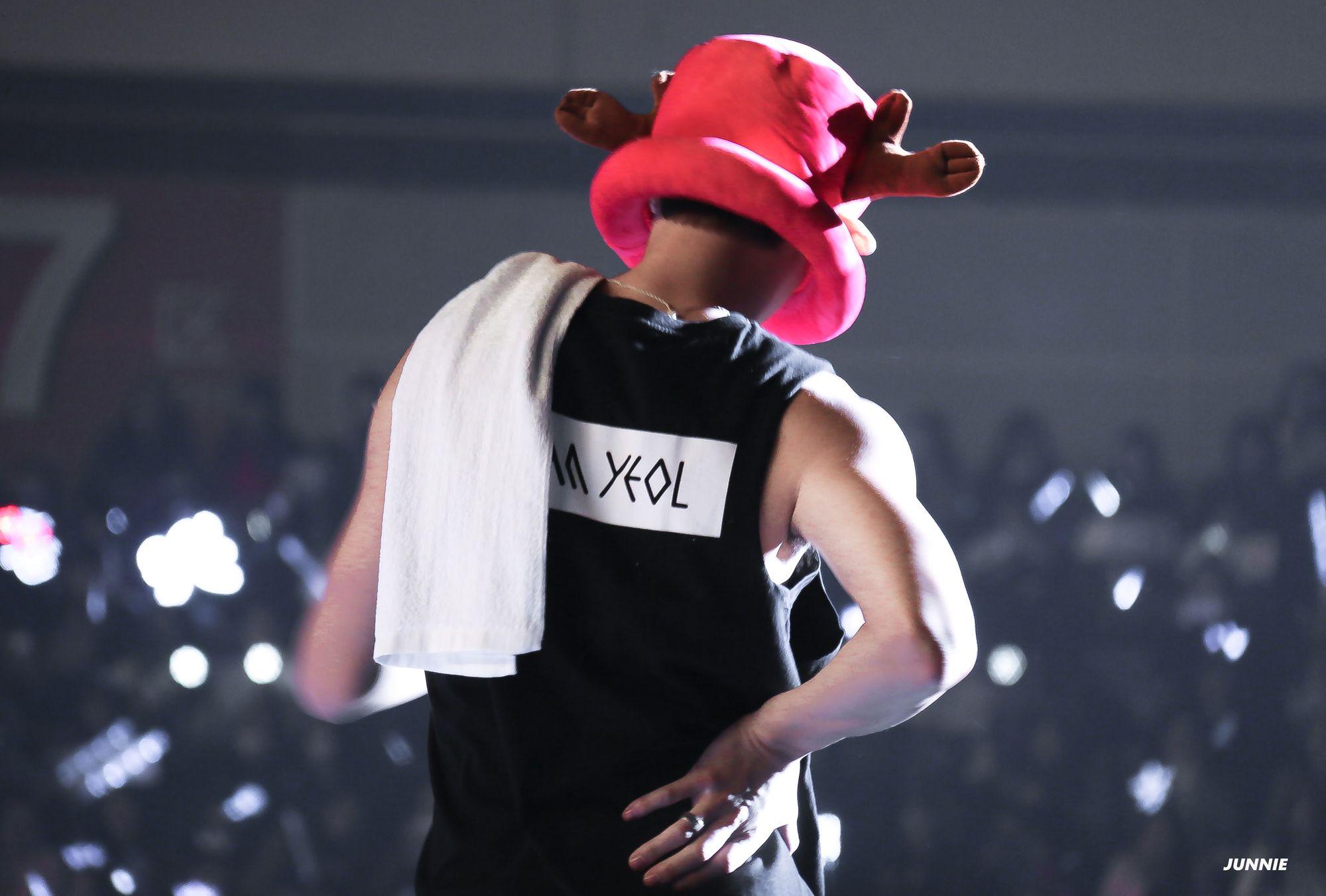 151212 EXO Chanyeol (cr: JUNNIE)
