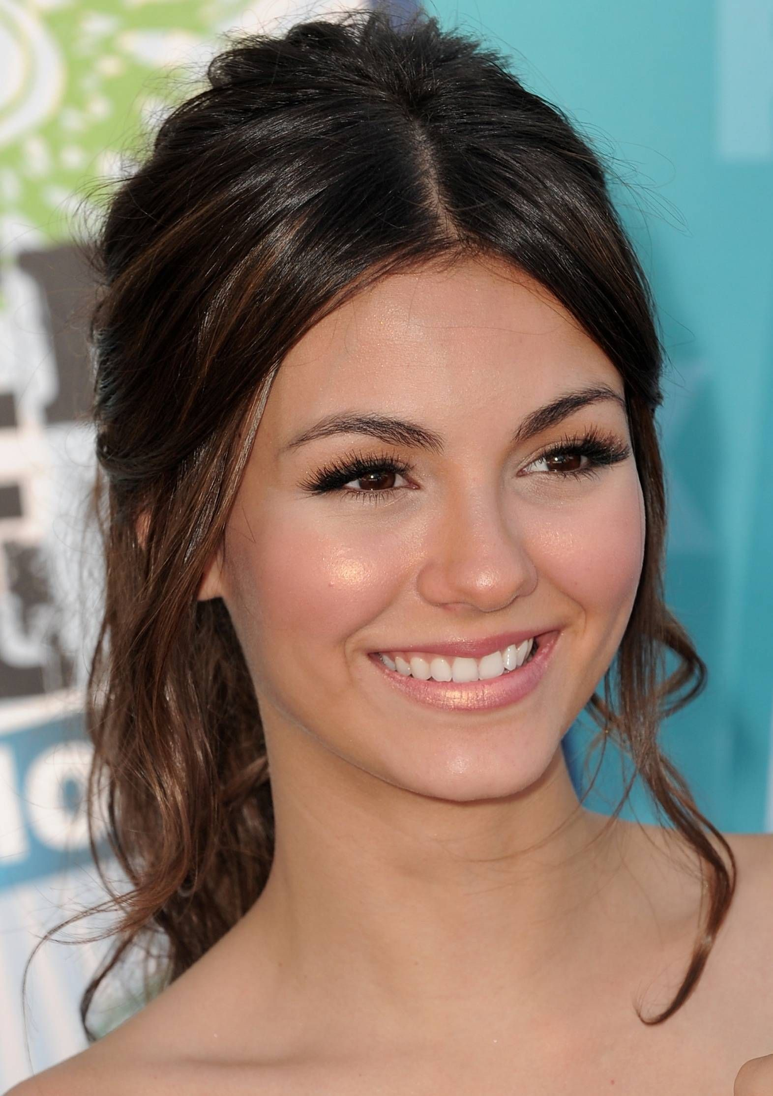 Pinned back hairstyles for homecoming loose curls ponytail and makeup