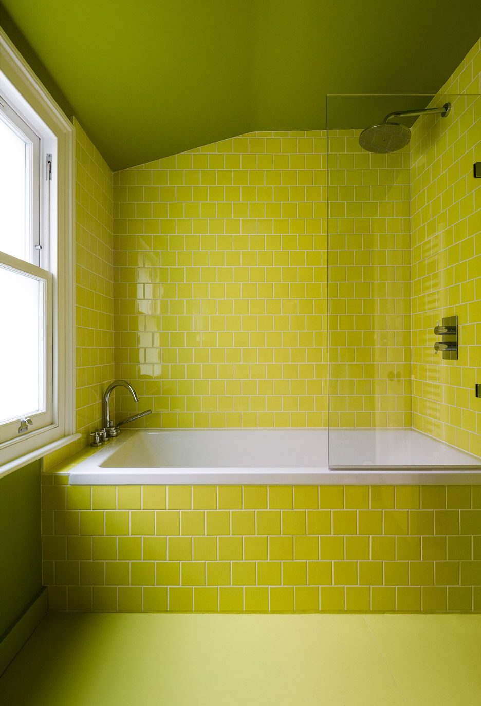Mustard Architects exploits corners and crevices in Nook House ...