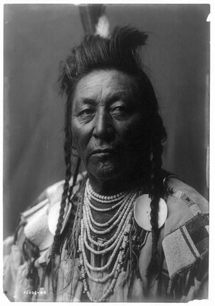 Plenty Coups Edward Curtis Portrait (c1908) Crow chief and visionary leader