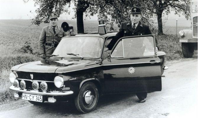 Audi faz exposição com viaturas policiais +http://brml.co/1yKMaAS