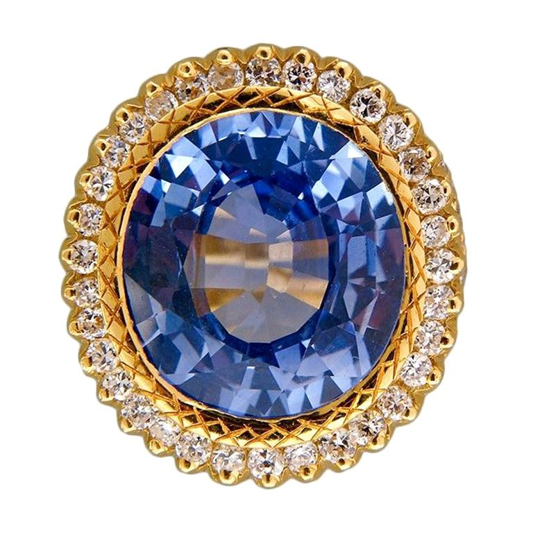Natural Violet Blue Sapphire Diamond Gold Ring, ca. 1950s