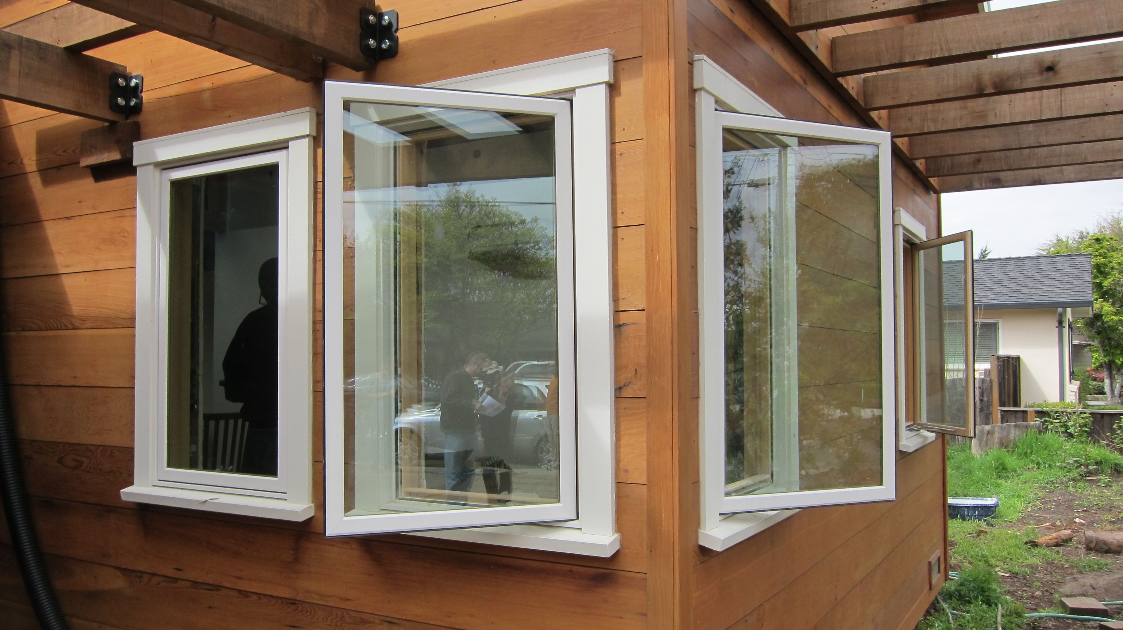 Windows house open - Casement Windows Are Hinged Either Left Or Right And Crank Open To