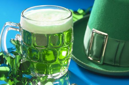Green beer - even though it's lent and I gave up alcohol, St. Patty's Day green beer completes the meal #mealplanning
