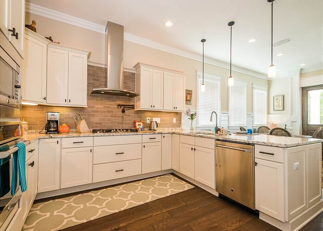 Sanderling Cottage Is A Newly Constructed Vacation Home Located Off Of Scenic Highway 30a In Serene Blue Mountain Beach Blue Mountain Cottage Vacation Home