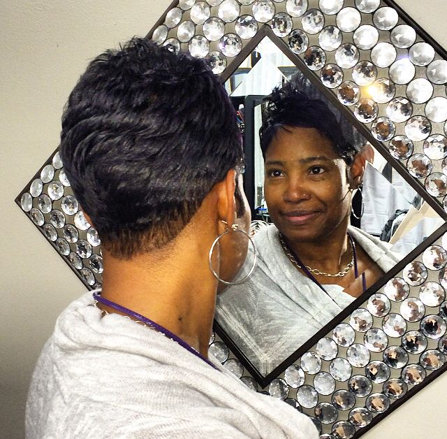 Short and sweet Alishia liked her new style #cutlife #exclusivelyyourssalon #voiceofhair