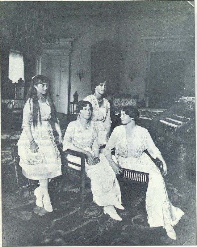 The girls shortly before the abdication of their father in winter 1916/17. Tatiana is seated on the farright, chatting with Olga.