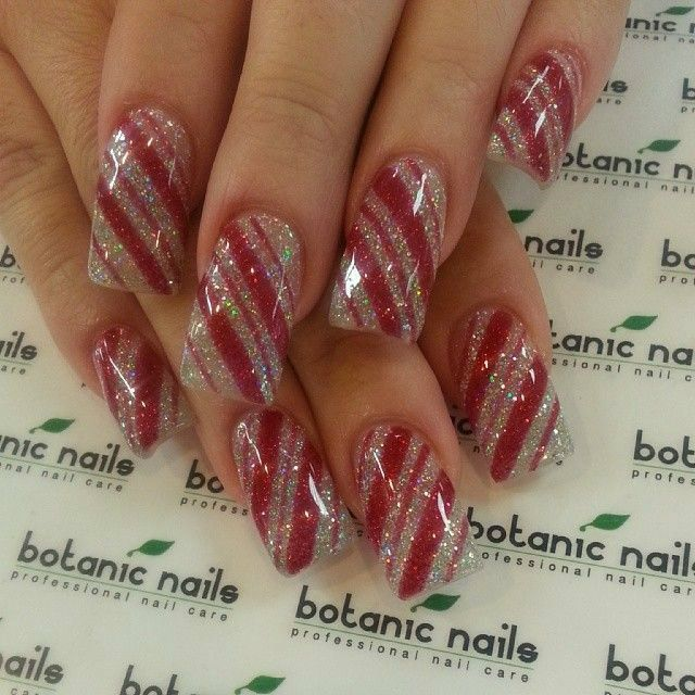 Nail designs christmas nails pinterest ongles ongles noel nail designs prinsesfo Gallery