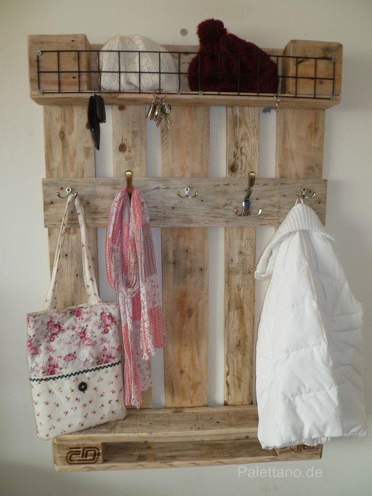 garderobe aus euro paletten palettenm bel palette wandgarderobe in m bel wohnen klein. Black Bedroom Furniture Sets. Home Design Ideas