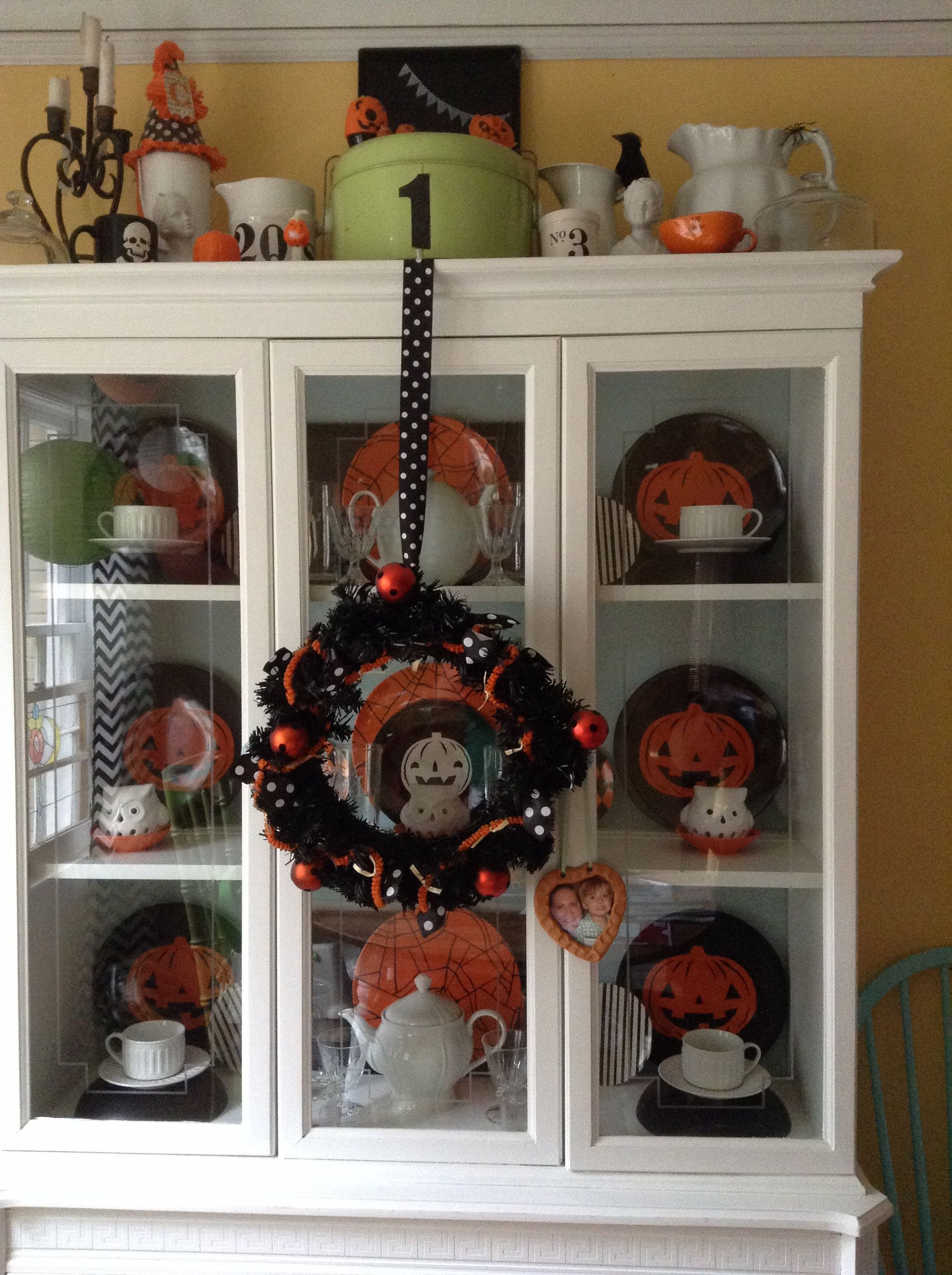 Fall Halloween China Cabinet 940 Victory In 2019