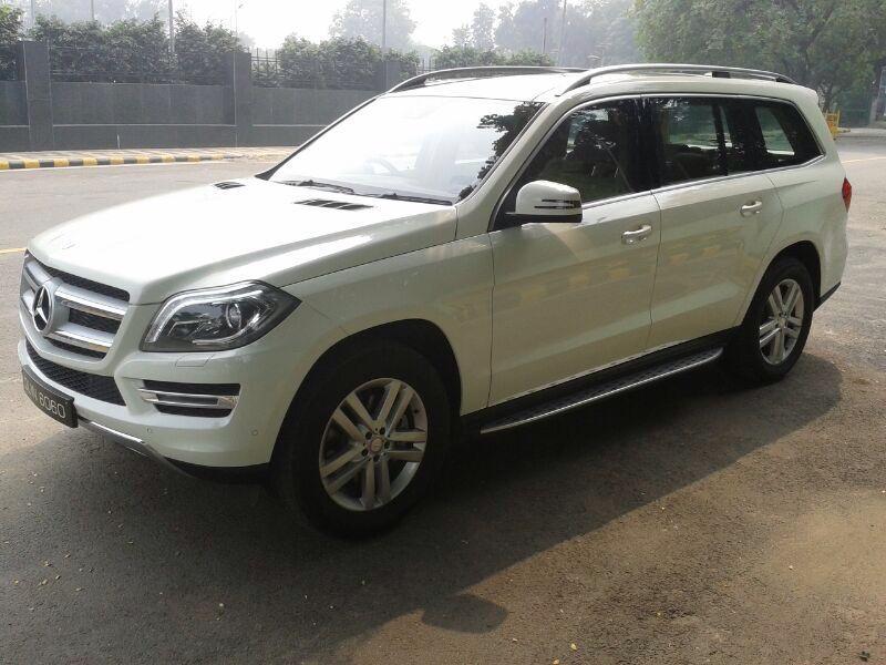 showroom single car ontario benz mercedes luxury toronto rental img