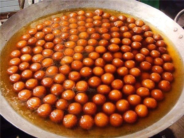rosgulla in sarafa bazaar in indore travelwithtdg foodporn