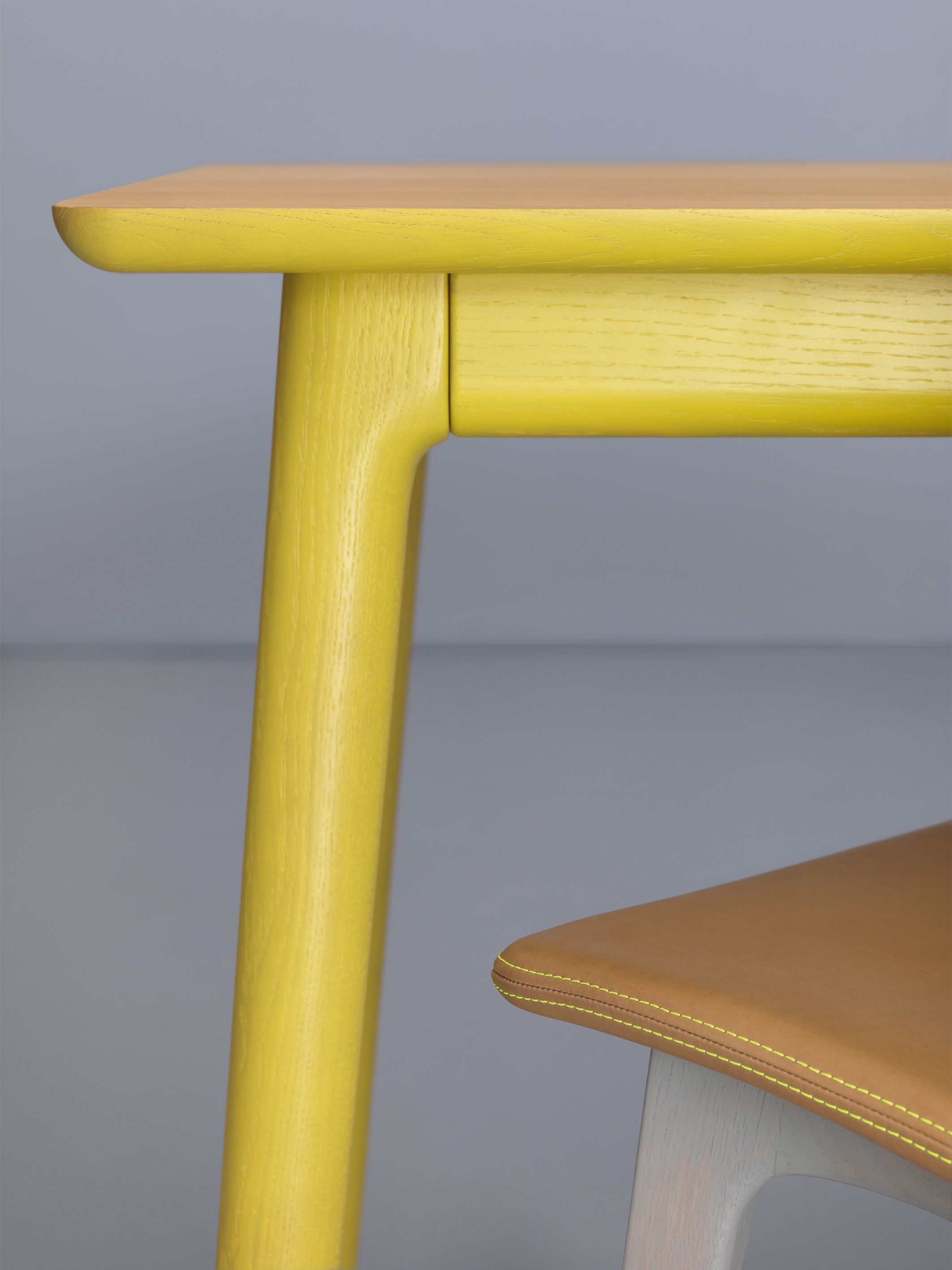 New for 2014! E8 Longue extending table by Mathias Hahn for Zeitraum