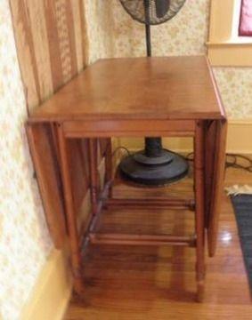 Mid Century Vintage Heywood Wakefield Ashcraft Rattan Bamboo Drop Leaf Table