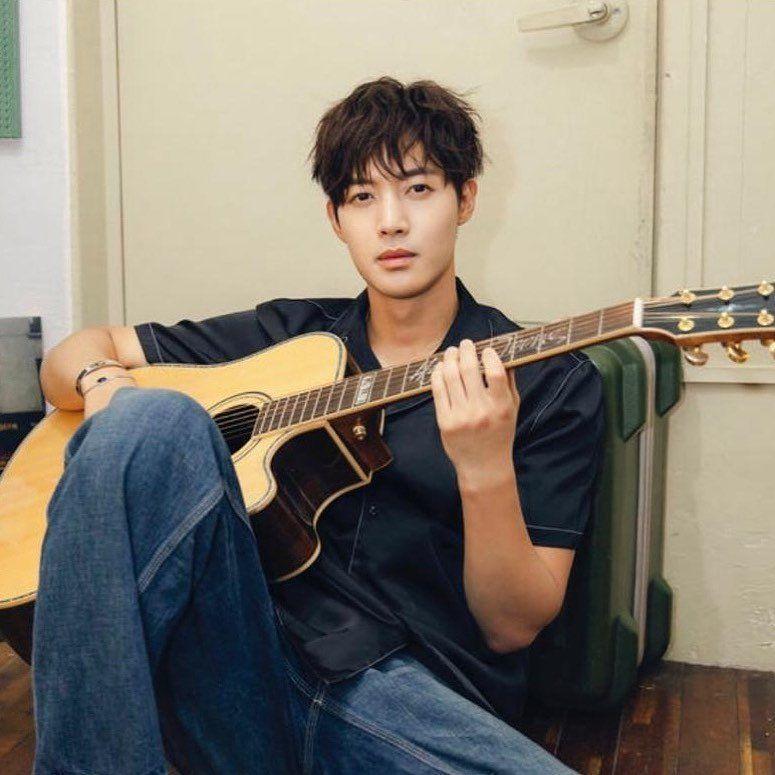 R K Jtnt F4 Jvkv Mj Ss501 Kimhyunjoong Nielm On Twitter Kim Joon