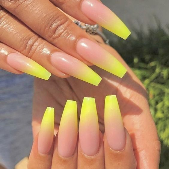 36 Best Nail Ombre Color Design To Inspire Attireal Com Ombre Acrylic Nails Yellow Nails Design Nail Art Ombre
