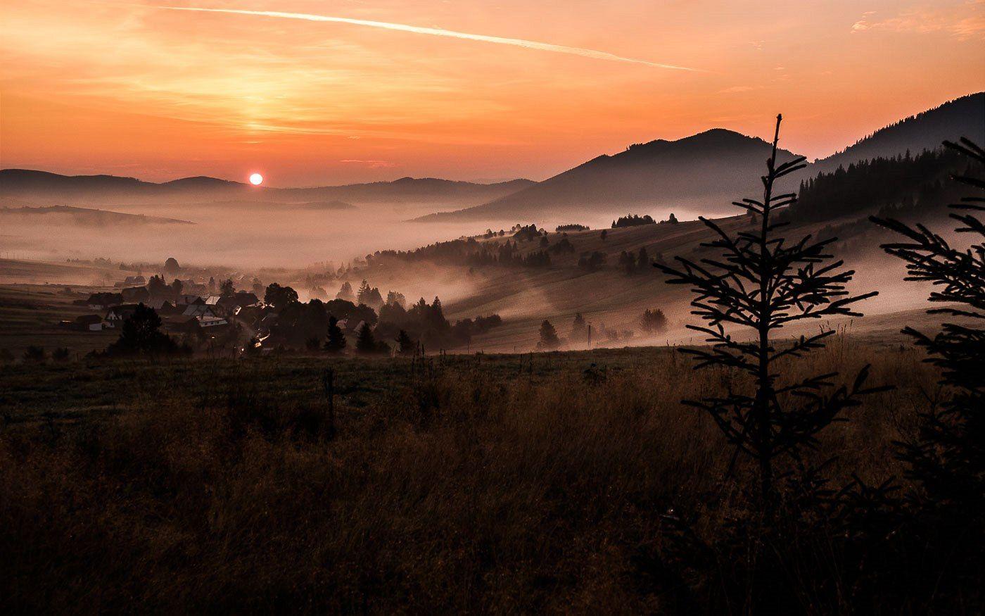 Ždiar je malebná obec ležící vpodhůří Belianských Tater a Spišské Magury. Je to východiště mnoha výletů vokolních horách.