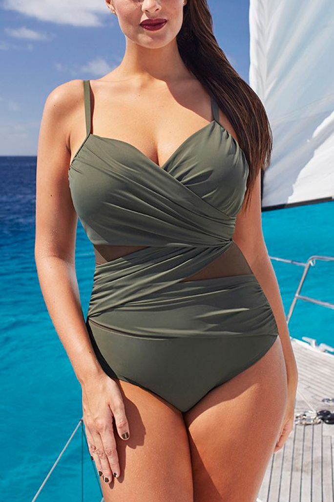 bf581be1fc97a The 21 Best Plus-Size Swimsuits to Wear This Summer - Best Slimming Suit by  Tropiculture from InStyle.com