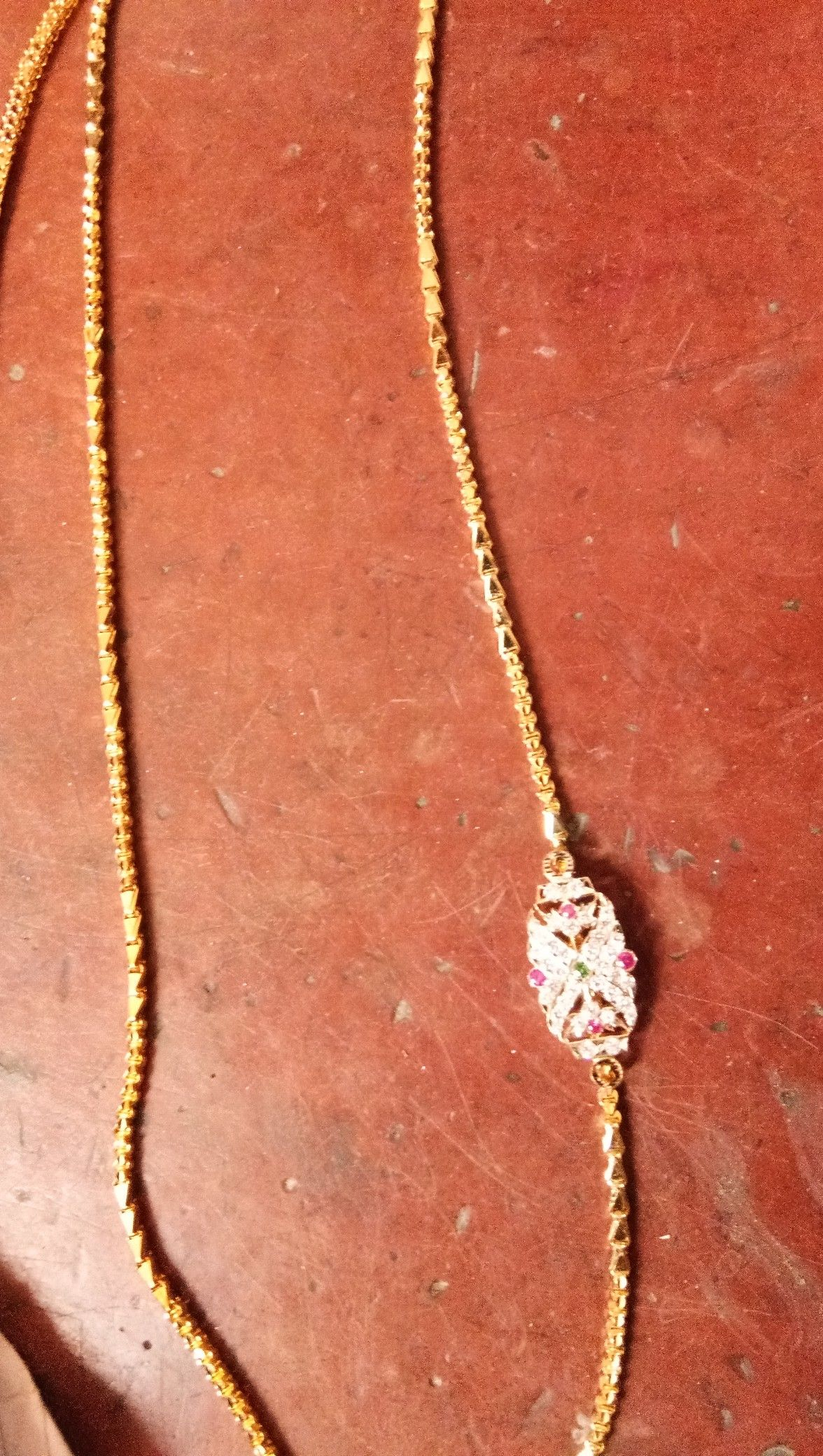 Chain with locket | Ravi gold | Pinterest | Chains and Gold