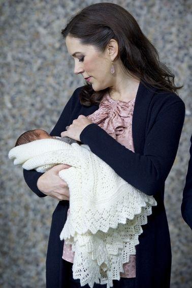 Babysvøb Mary Opskrift mary´s svøb til lilleprinsen - gratis strikkeopskrift (kun på papir