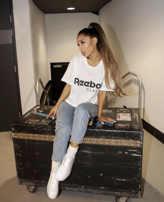 Ariana Grande Outfits 2017 f8f0e2fec
