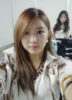 Sohyun - Look at Her! | Beautiful Korean Artists