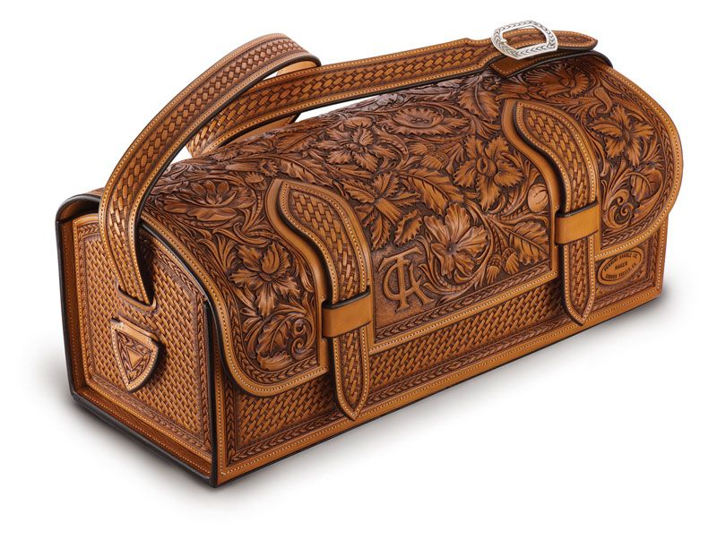 Attractive range of leather saddle bags from most reputed suppliers and manufacturers.