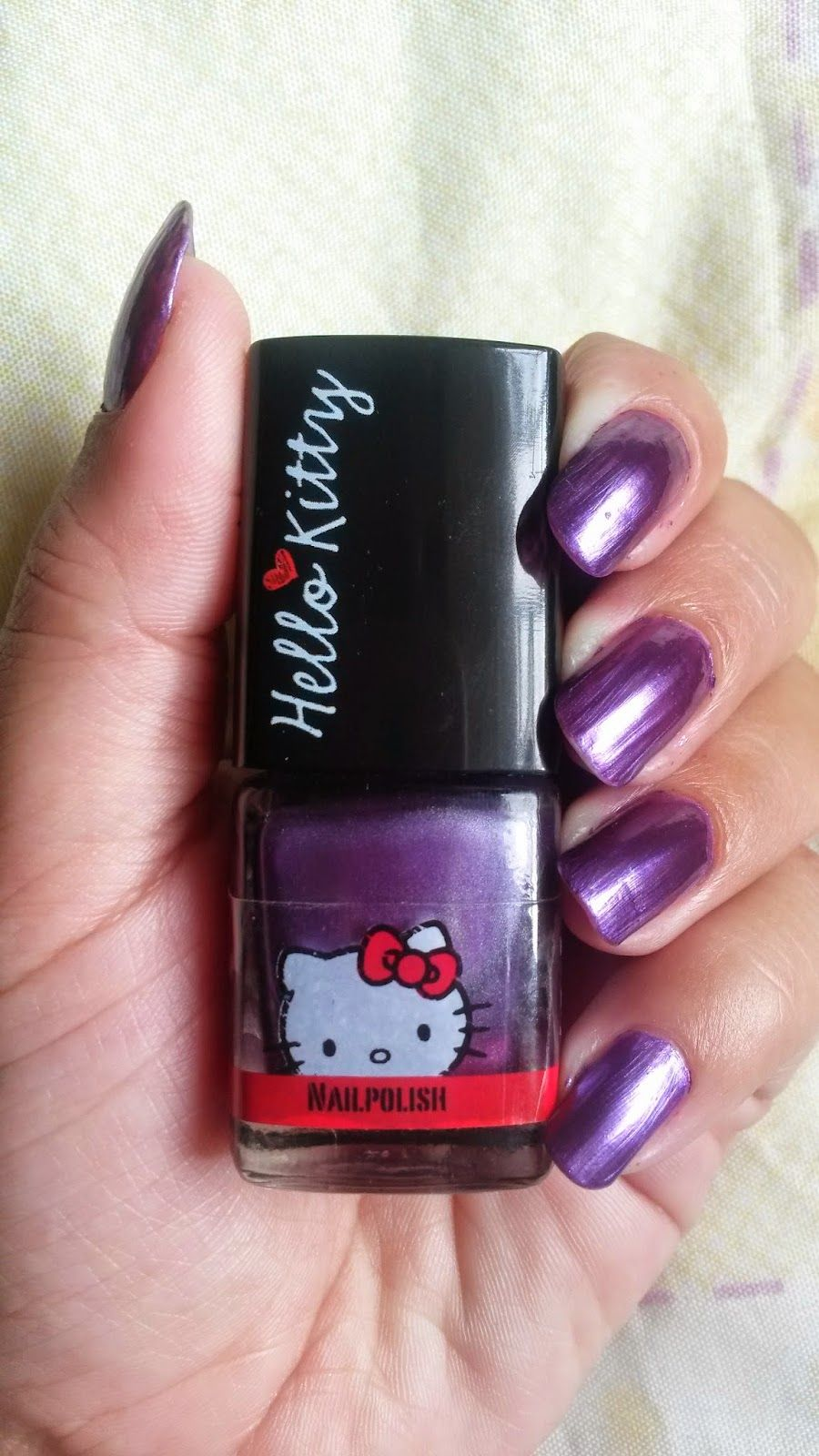 Aradia's blog: Hello Kitty Nail Polish: http://aradia13.blogspot.com/2014/07/hello-kitty-nail-polish.html
